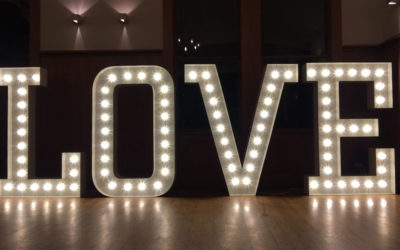 Need Light-Up Letters For Your Dream Wedding? Read This!
